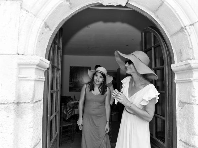 Le mariage de Aurélien et Marie à Pont-l'Abbé-d'Arnoult, Charente Maritime 4