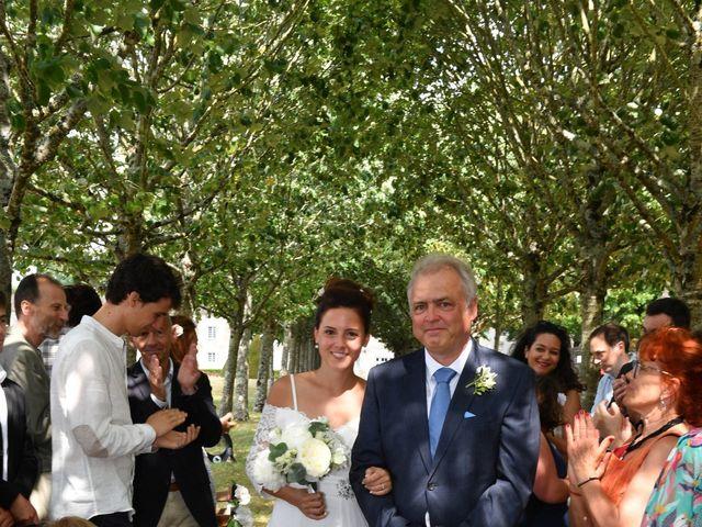 Le mariage de Aurélien et Marie à Pont-l'Abbé-d'Arnoult, Charente Maritime 22