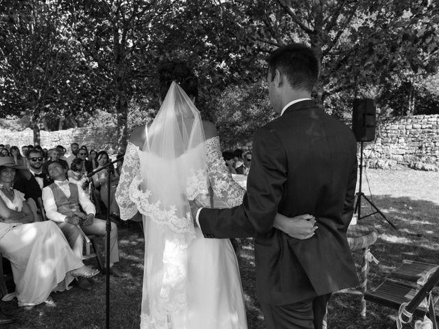 Le mariage de Aurélien et Marie à Pont-l'Abbé-d'Arnoult, Charente Maritime 37