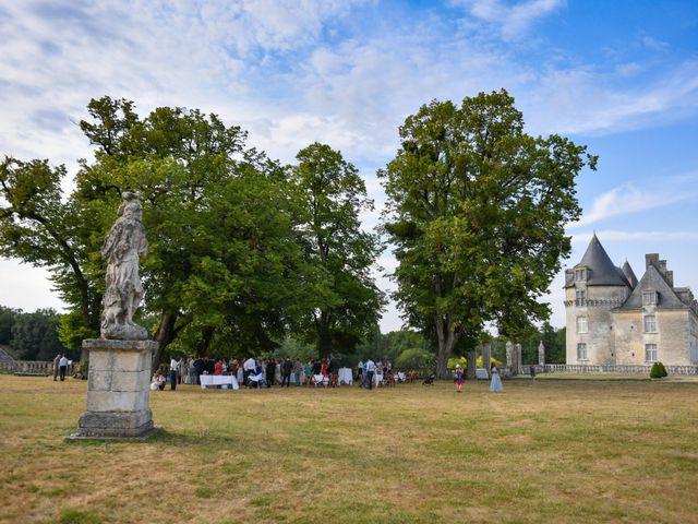 Le mariage de Aurélien et Marie à Pont-l'Abbé-d'Arnoult, Charente Maritime 45