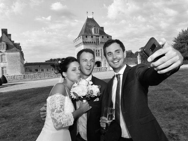 Le mariage de Aurélien et Marie à Pont-l'Abbé-d'Arnoult, Charente Maritime 54