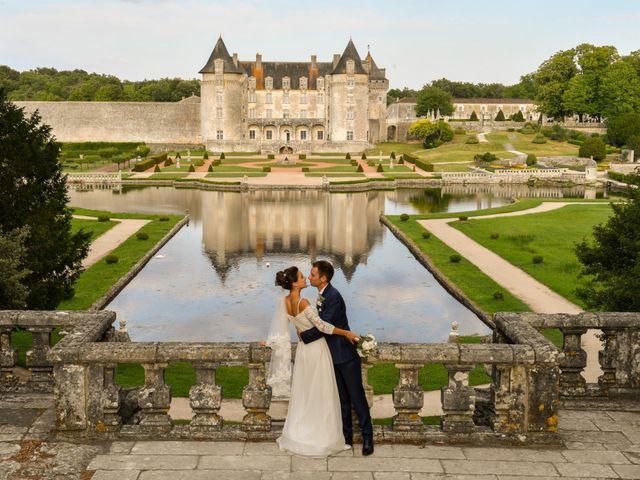 Le mariage de Aurélien et Marie à Pont-l'Abbé-d'Arnoult, Charente Maritime 56