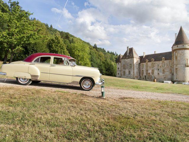 Le mariage de Vianney et Agathe à Avallon, Yonne 2