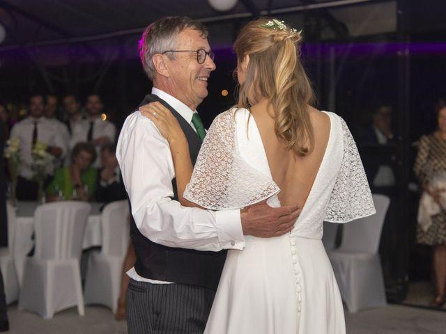Le mariage de Vianney et Agathe à Avallon, Yonne 45