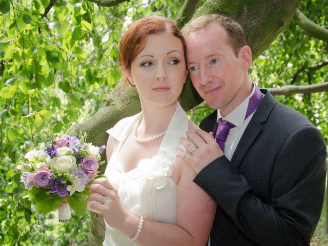 Le mariage de Thomas et Sarah à Croix, Nord 22
