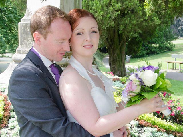 Le mariage de Thomas et Sarah à Croix, Nord 24