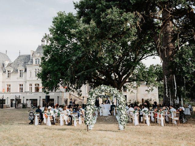 Le mariage de Etienne et Bei à Les Sables-d'Olonne, Vendée 35