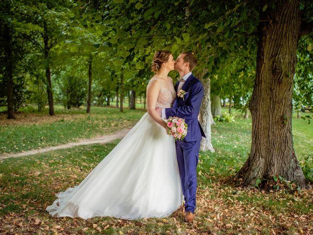 Le mariage de Romain et Elodie à Champs-Sur-Marne, Seine-et-Marne 8