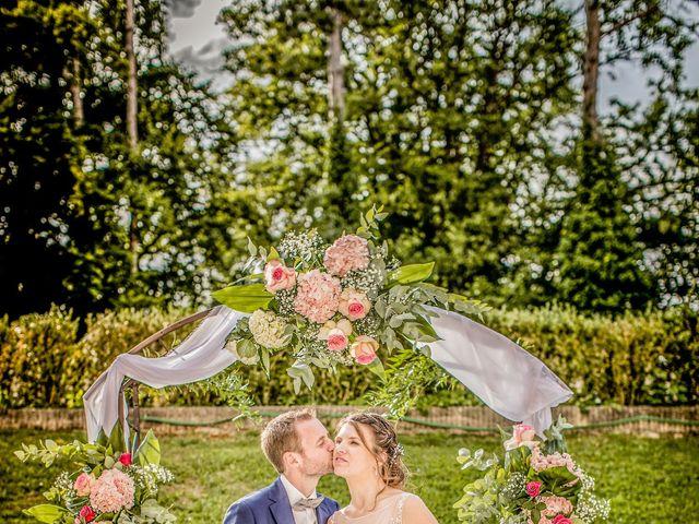 Le mariage de Romain et Elodie à Champs-Sur-Marne, Seine-et-Marne 16