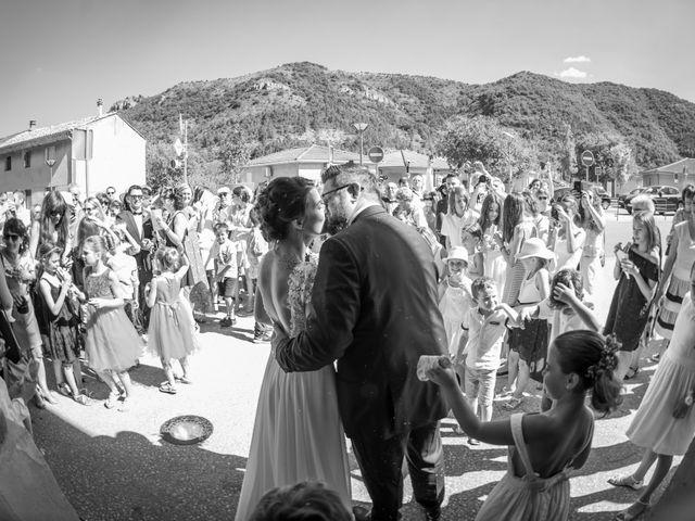 Le mariage de Alexandre et Marie à Saint-Julien-en-Saint-Alban, Ardèche 15