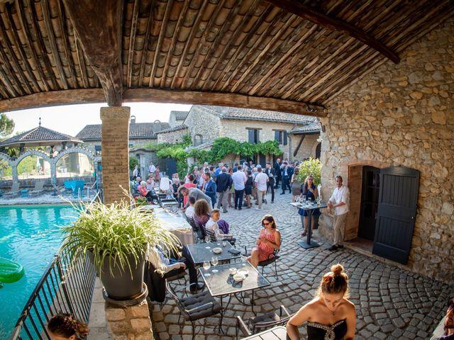 Le mariage de Alexandre et Marie à Saint-Julien-en-Saint-Alban, Ardèche 18