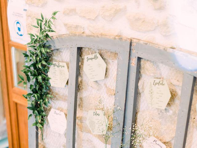 Le mariage de Emmanuel et Laure à Viviers, Ardèche 33