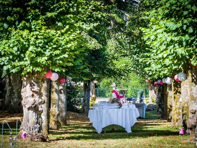 Le mariage de Damien et Geraldine à Ligugé, Vienne 23