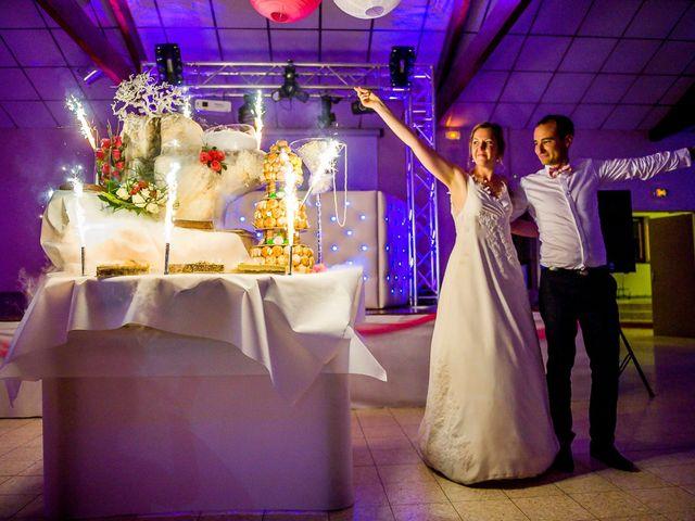 Le mariage de Damien et Geraldine à Ligugé, Vienne 30