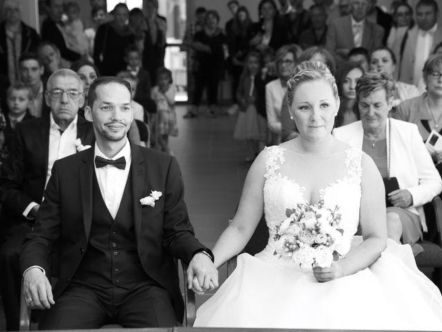 Le mariage de Nourredine et Maeva à Neufchâtel-en-Bray, Seine-Maritime 32