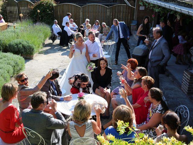 Le mariage de Nourredine et Maeva à Neufchâtel-en-Bray, Seine-Maritime 47