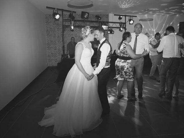 Le mariage de Nourredine et Maeva à Neufchâtel-en-Bray, Seine-Maritime 51