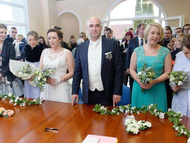 Le mariage de Gonzague et Suzy à Courcelles-le-Comte, Pas-de-Calais 8