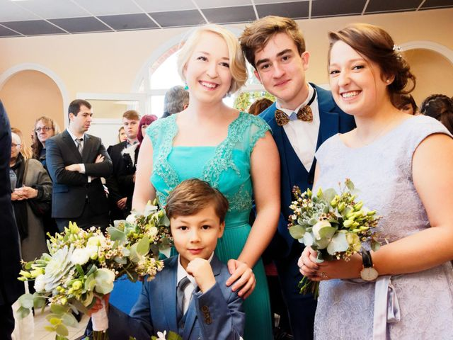 Le mariage de Gonzague et Suzy à Courcelles-le-Comte, Pas-de-Calais 12