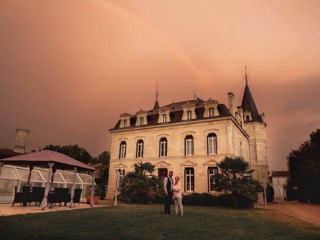 Le mariage de Raphaël et Camille à Eyrans, Gironde 59