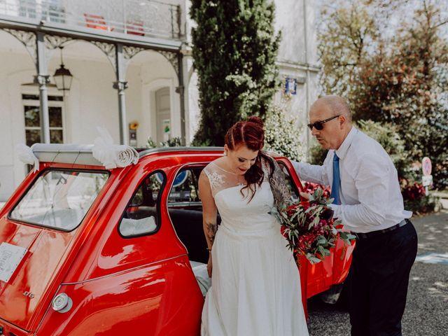 Le mariage de Christophe et Anthéa à Saint-Martin-la-Plaine, Loire 21