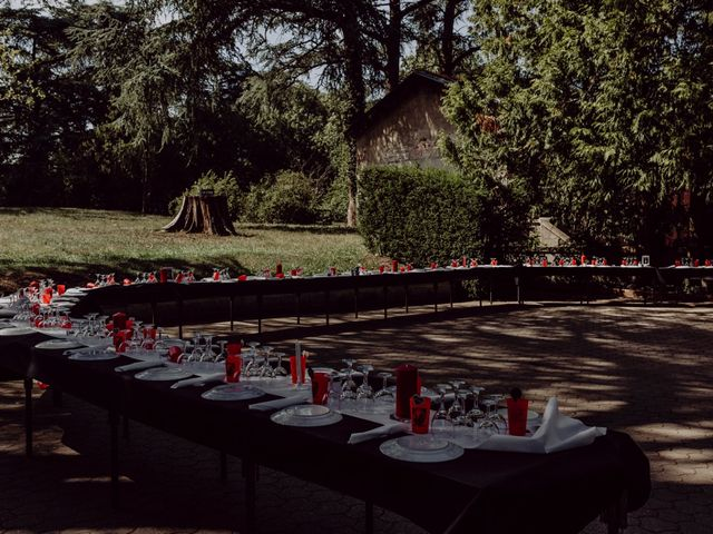 Le mariage de Christophe et Anthéa à Saint-Martin-la-Plaine, Loire 34