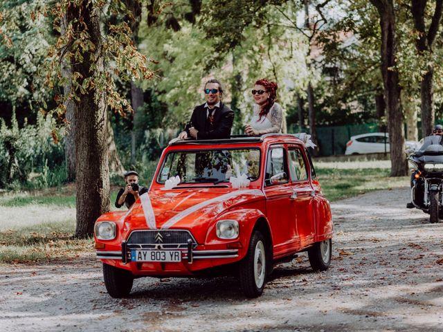 Le mariage de Christophe et Anthéa à Saint-Martin-la-Plaine, Loire 36