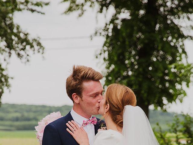 Le mariage de Romain et Agathe à Bouvines, Nord 21