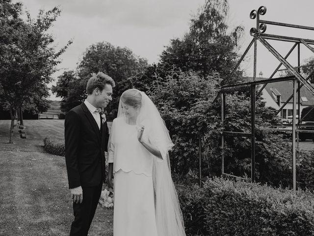 Le mariage de Romain et Agathe à Bouvines, Nord 22