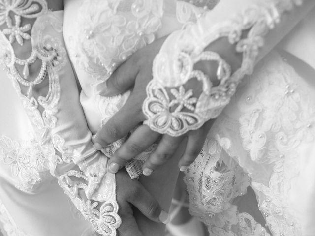 Le mariage de Valentin et Aurélie à Paradou, Bouches-du-Rhône 12