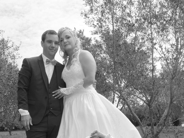 Le mariage de Valentin et Aurélie à Paradou, Bouches-du-Rhône 17