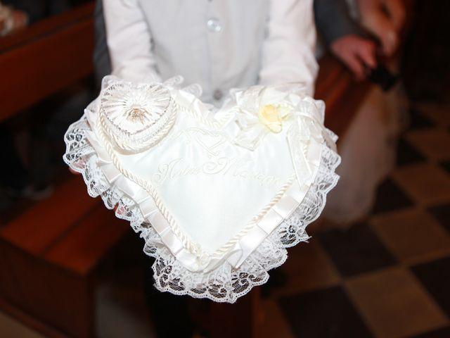 Le mariage de Valentin et Aurélie à Paradou, Bouches-du-Rhône 33