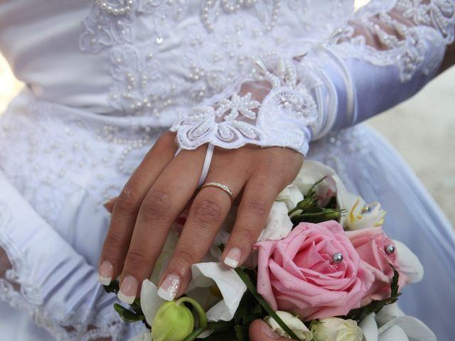 Le mariage de Valentin et Aurélie à Paradou, Bouches-du-Rhône 39