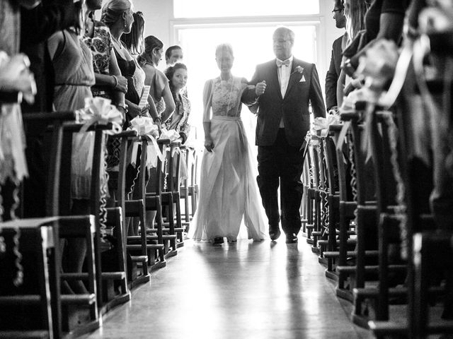 Le mariage de Chrystelle et Nicolas à Saint-Tropez, Var 43