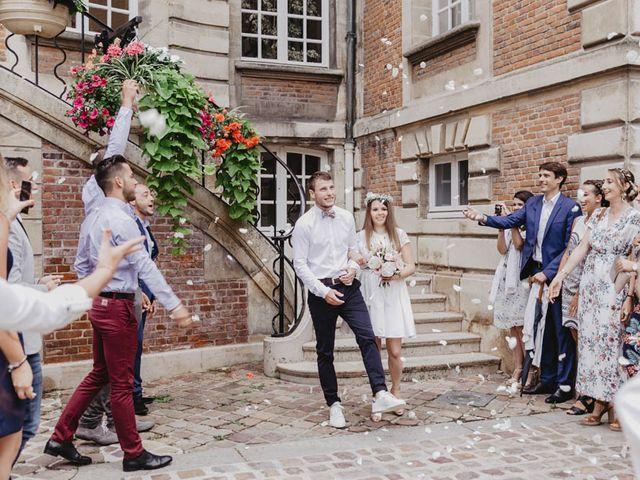Le mariage de Yohann et Camille à Pont-l'Évêque, Calvados 10