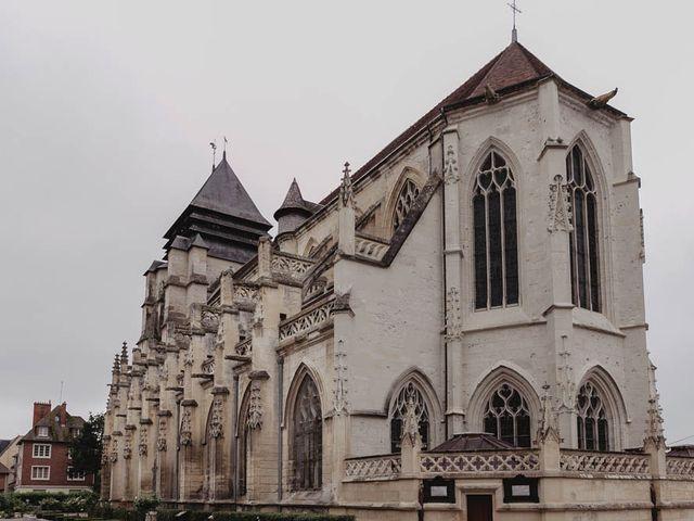 Le mariage de Yohann et Camille à Pont-l'Évêque, Calvados 36