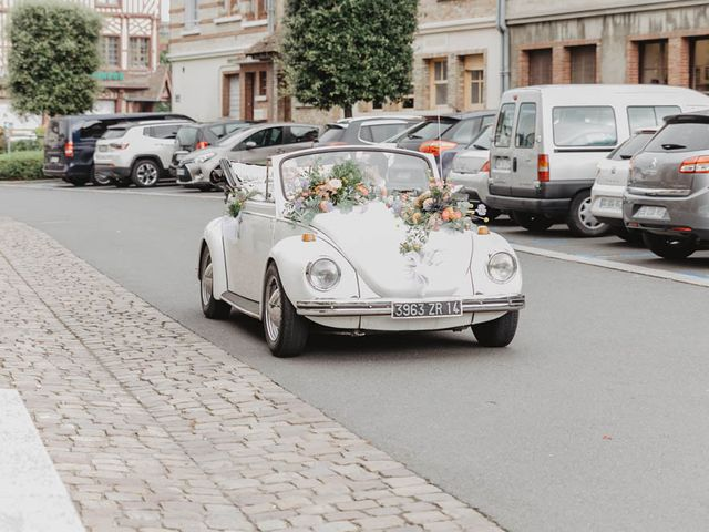 Le mariage de Yohann et Camille à Pont-l'Évêque, Calvados 38