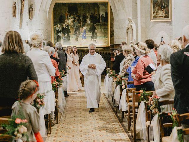 Le mariage de Yohann et Camille à Pont-l'Évêque, Calvados 40