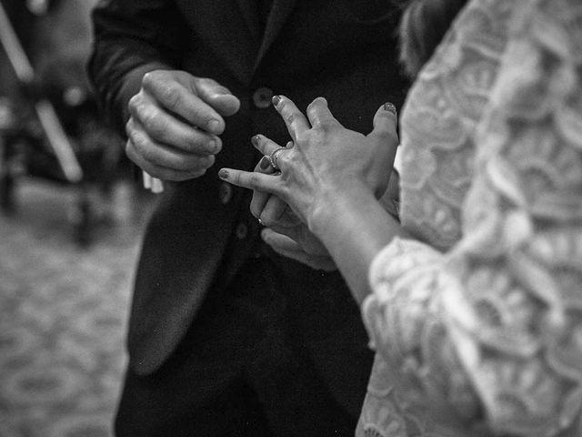 Le mariage de Yohann et Camille à Pont-l'Évêque, Calvados 51