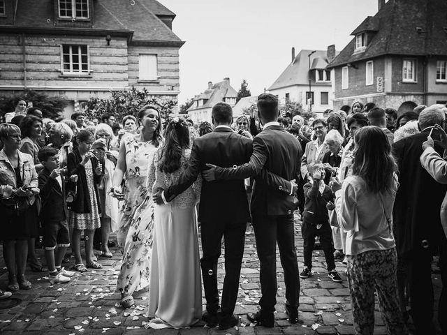Le mariage de Yohann et Camille à Pont-l'Évêque, Calvados 59