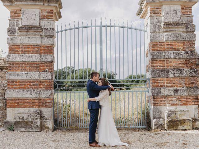 Le mariage de Yohann et Camille à Pont-l'Évêque, Calvados 71