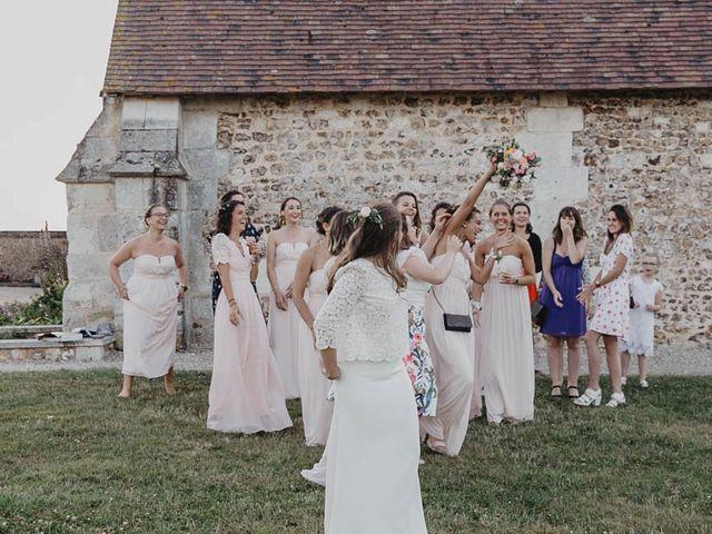 Le mariage de Yohann et Camille à Pont-l'Évêque, Calvados 89