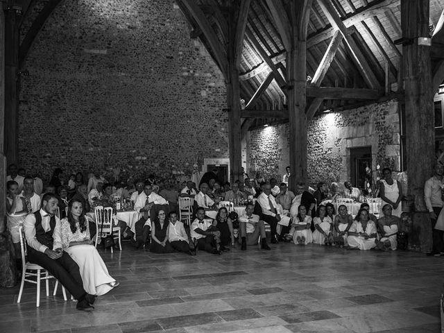 Le mariage de Yohann et Camille à Pont-l'Évêque, Calvados 95