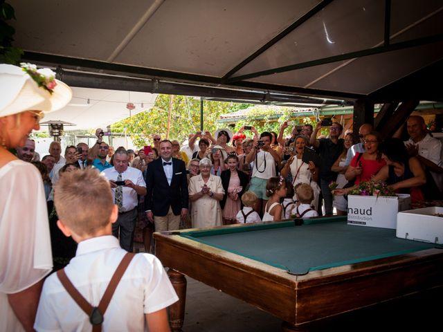 Le mariage de Hervé et Corinne à Labeaume, Ardèche 26