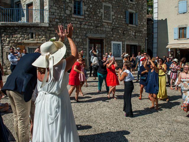 Le mariage de Hervé et Corinne à Labeaume, Ardèche 62