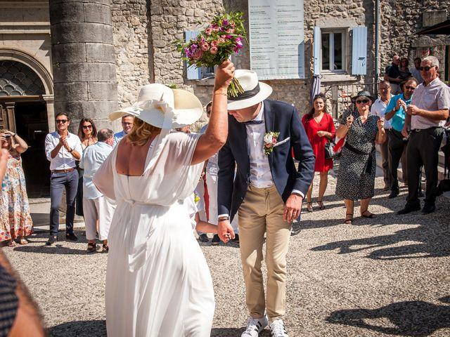 Le mariage de Hervé et Corinne à Labeaume, Ardèche 66