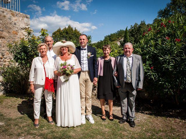 Le mariage de Hervé et Corinne à Labeaume, Ardèche 76