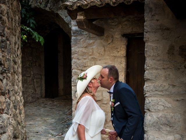 Le mariage de Hervé et Corinne à Labeaume, Ardèche 80