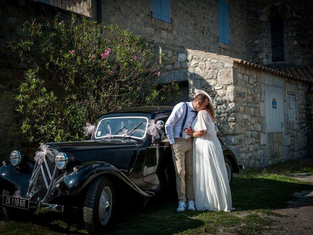 Le mariage de Hervé et Corinne à Labeaume, Ardèche 84