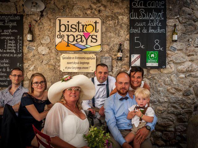 Le mariage de Hervé et Corinne à Labeaume, Ardèche 86